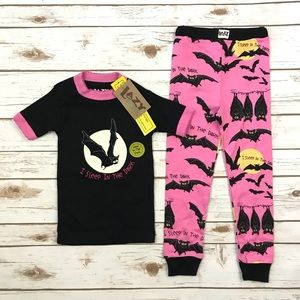 NWT Lazy One Bats Pajamas Set